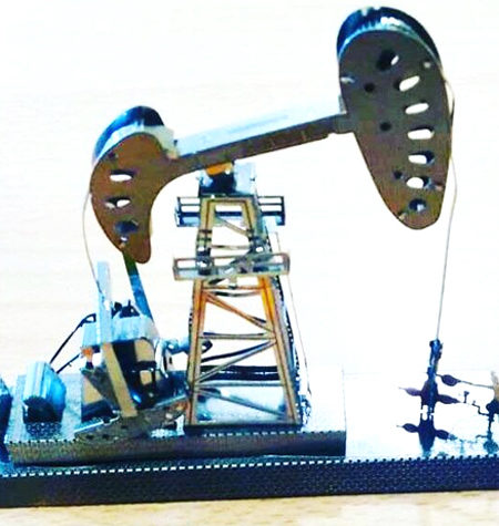 Metal Model Bomba Petrolera